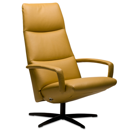 Leren Relaxstoel Van Prominent.Sta Op Stoel Relaxstoel En Voordeel Fauteuil Zitcomfort Bennekom